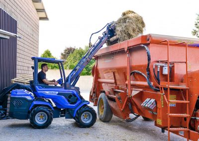 Mini Tractor_8 Series_06